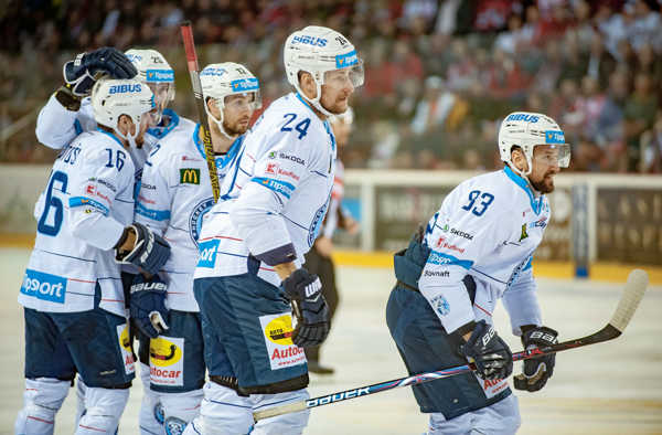 28dd54f37 MetaKeywords: Slovensko šport hokej TL finále 1. zápas Banská Bystrica Nit  BBX.