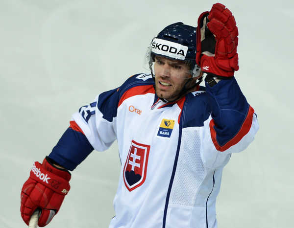 René Vydarený končí kariéru v Česku: To, že som si nezahral v NHL, ma bude mrzieť   Hokejový svet